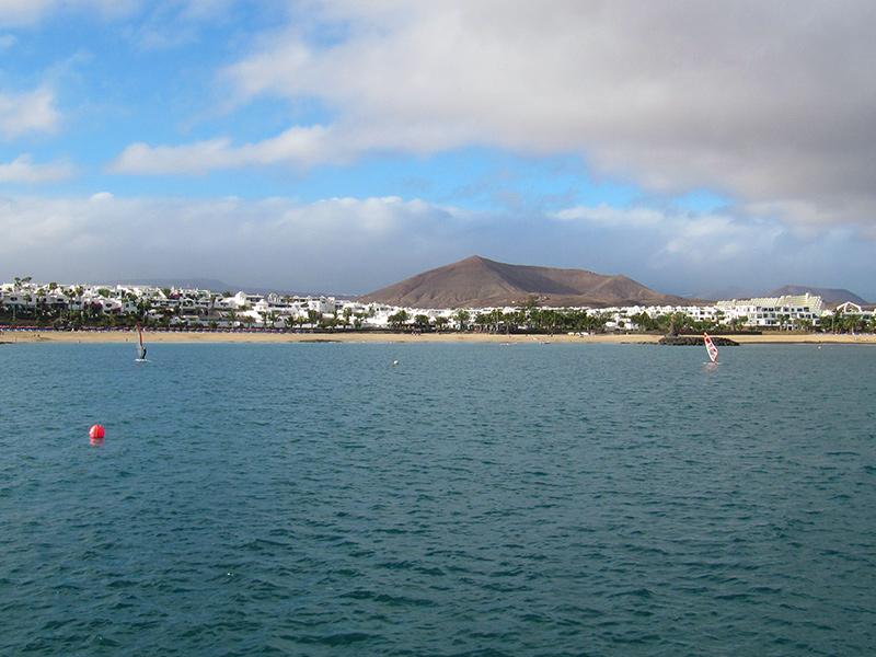 Playa de las Cucharas in Costa Teguise - Lanzarote